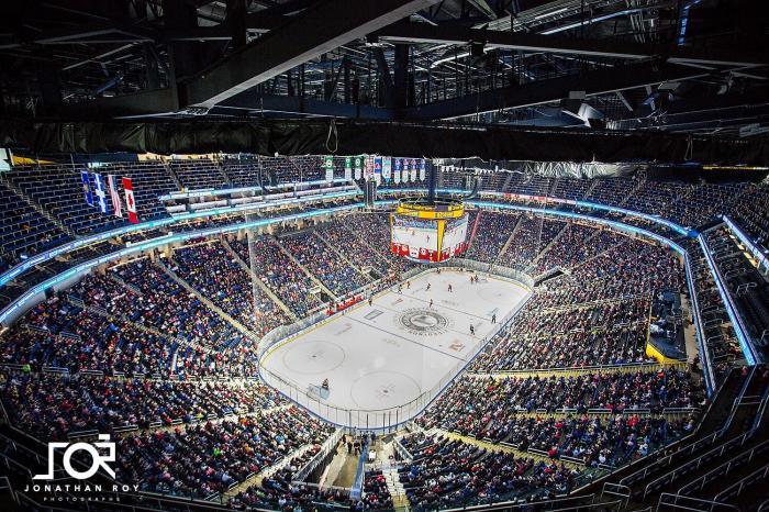 Hockey et réseaux sociaux : lorsque l'action se transporte à l'extérieur de la patinoire!