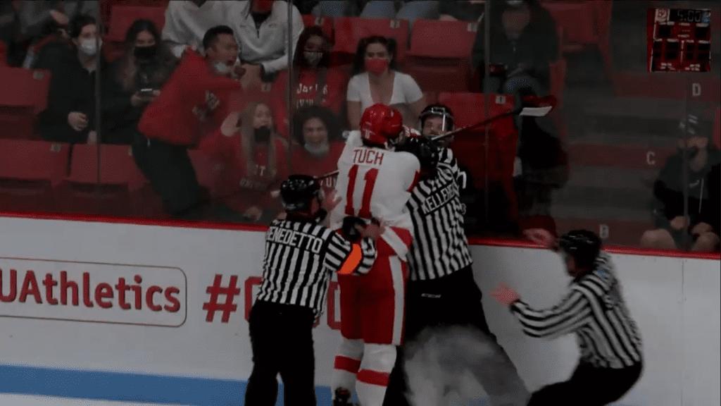 Luke Tuch - InStat Hockey